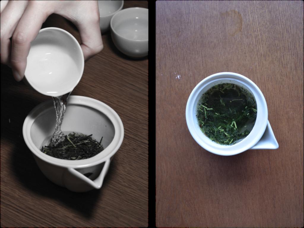 Obubu's houhin in use. Fine Mino-yaki pottery.